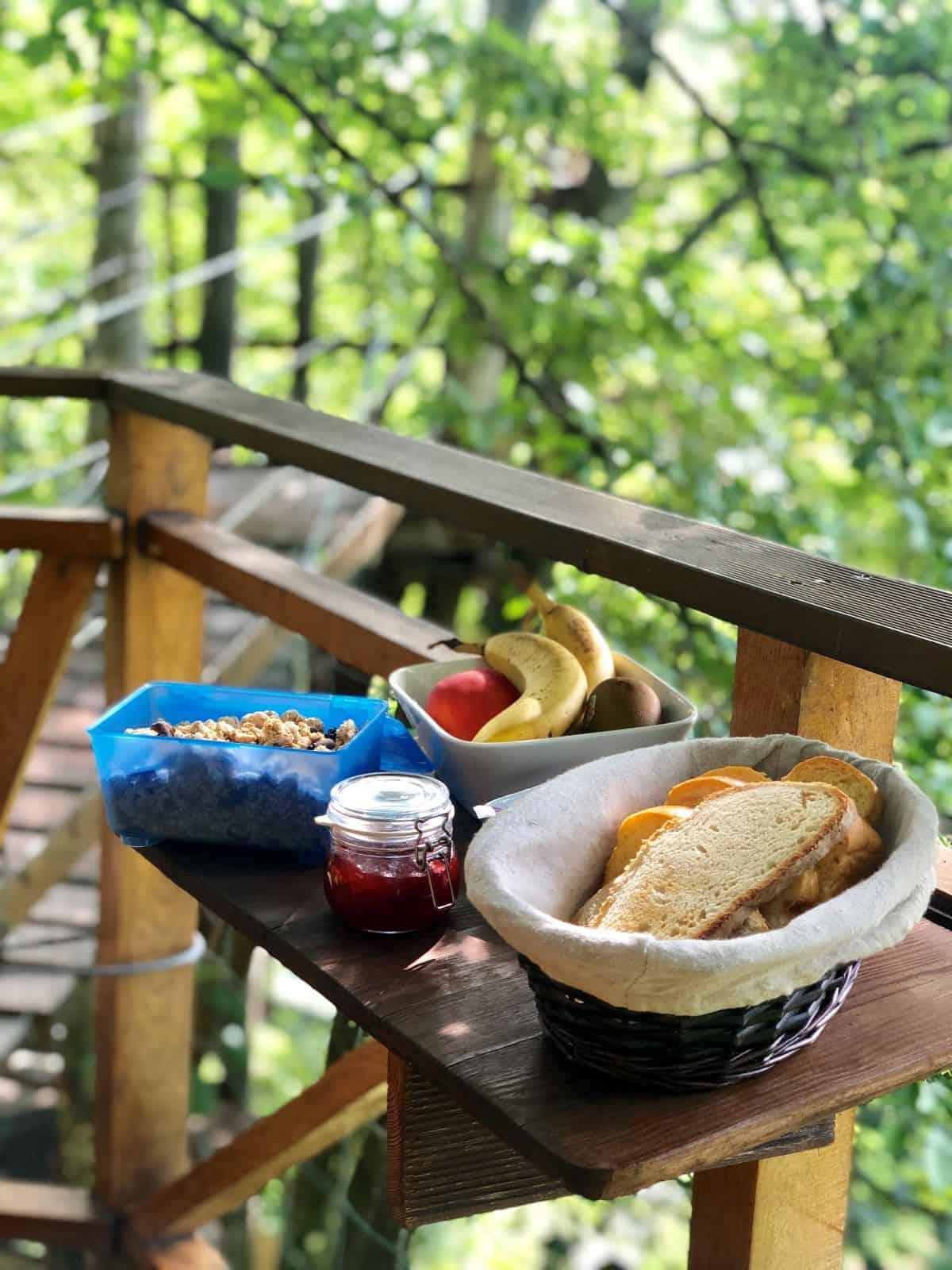 cabane-une-heure-paris-cabane-du-charme-petit-dejeuner