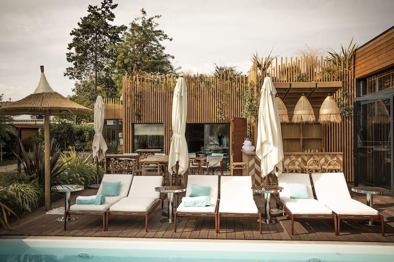 restaurant-terrasse-paris-piscine-splash