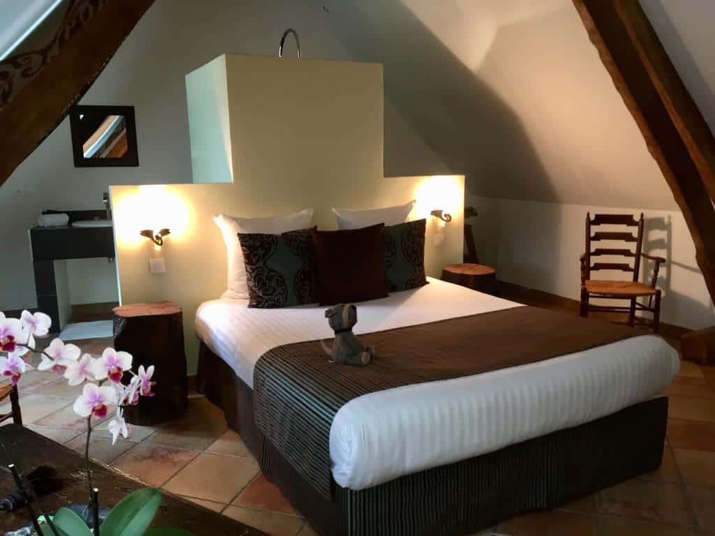 chambres-hotes-oise-1h-Paris-piscine-couverte