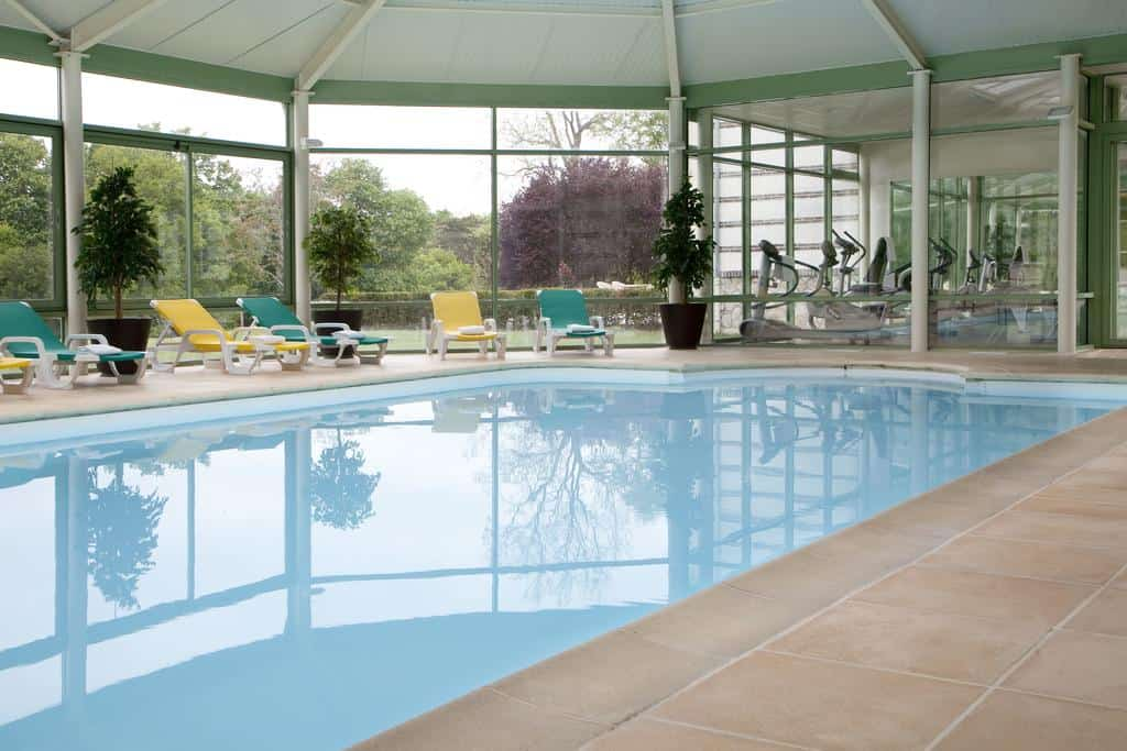 hotel-piscine-couverte-spa-moins-2h-paris