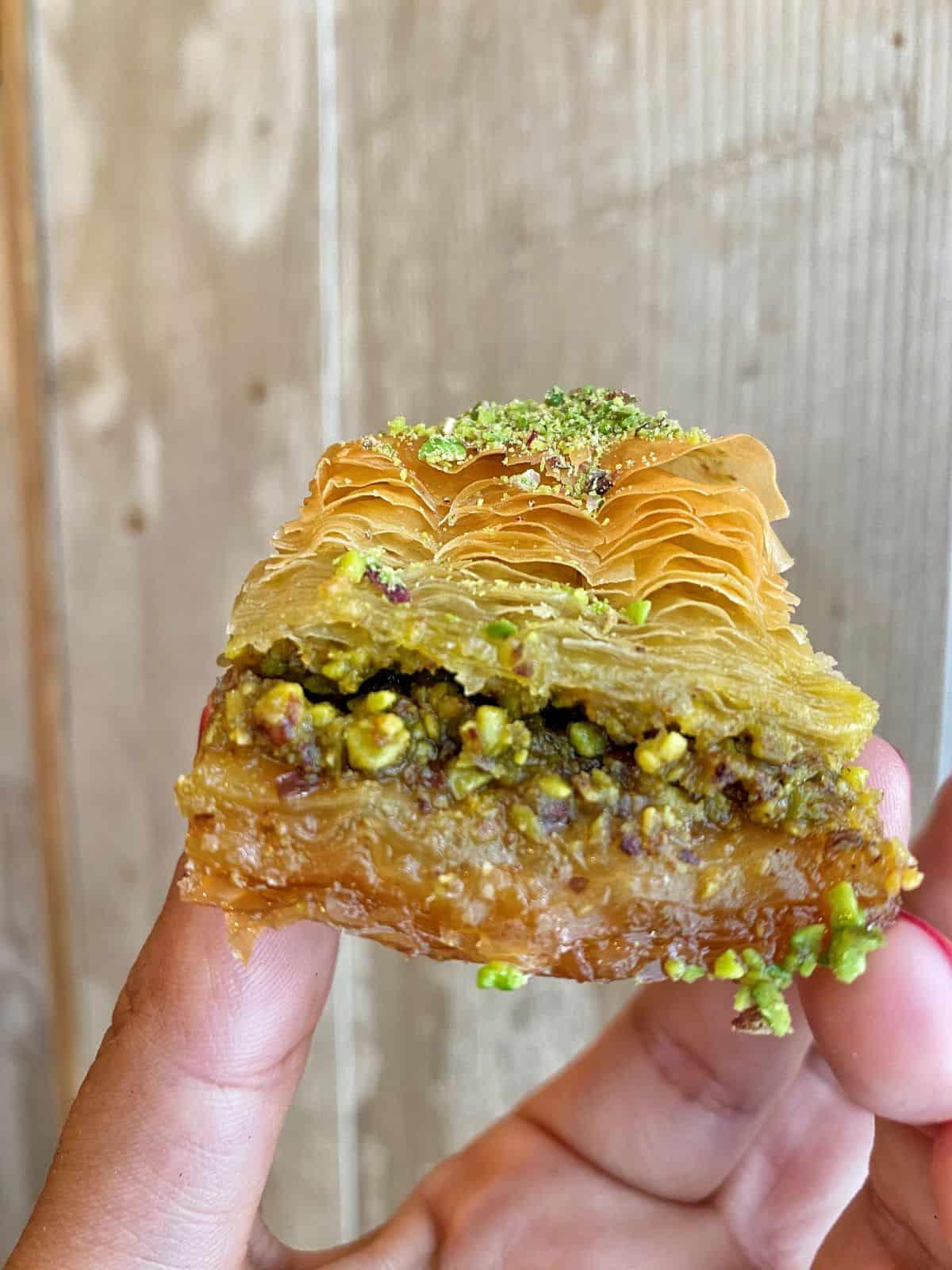 anatolia-village-restaurant-turque-paris-10eme-pide-baklavas