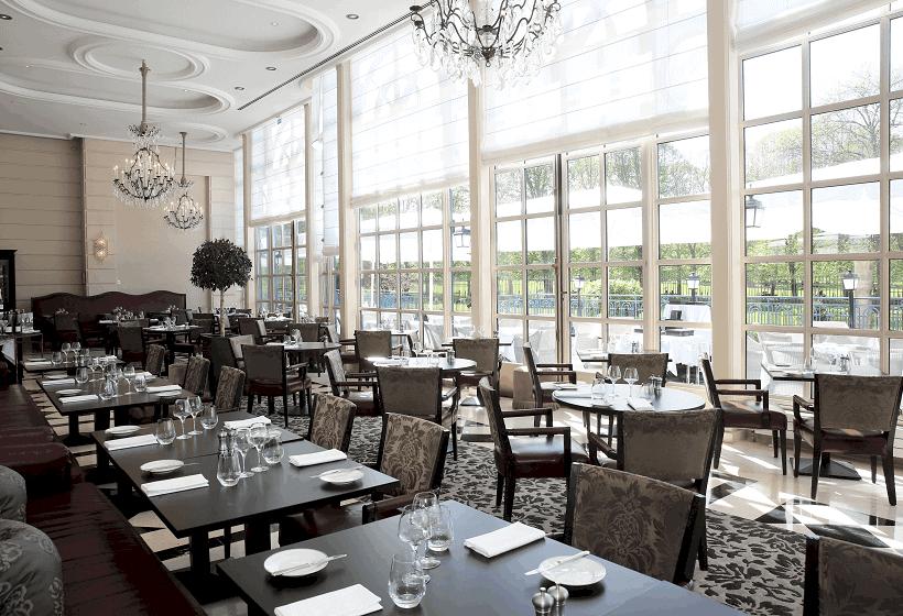 la-veranda-restaurant-trianon-palace-versailles