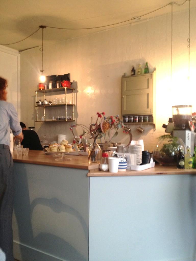 tuck-shop-paris-coffee-shop