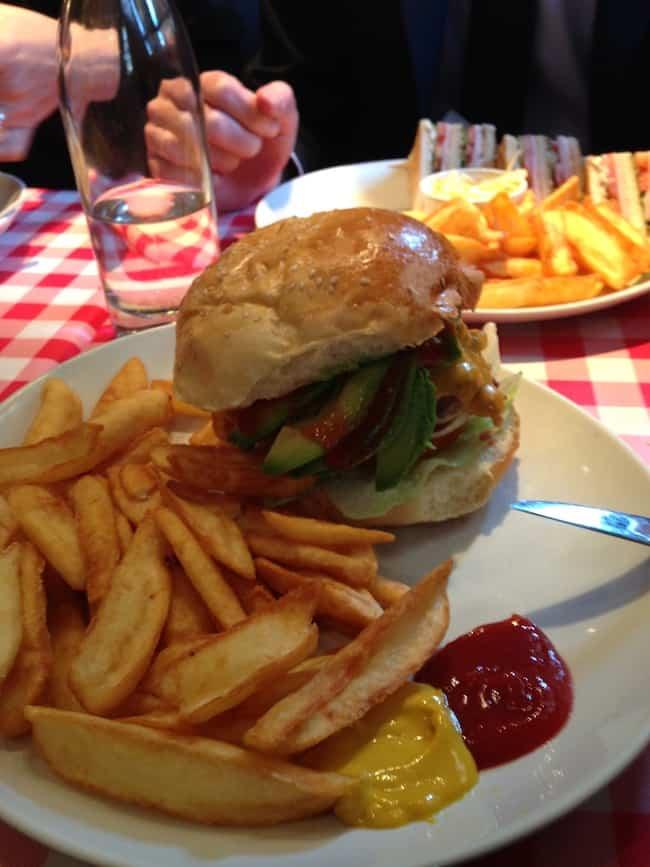schwartz-deli burger