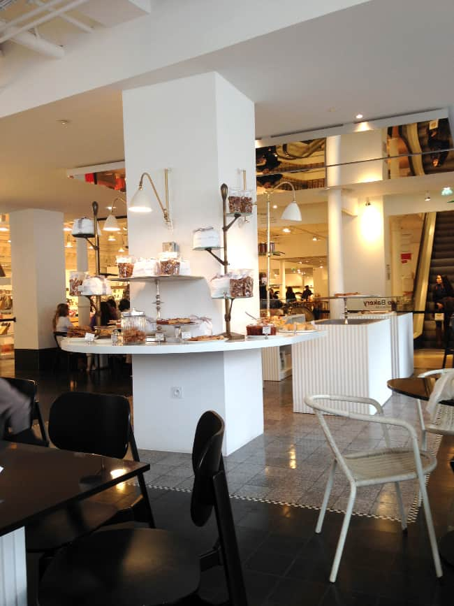 rose-bakery-tea-room-le-bon-marche