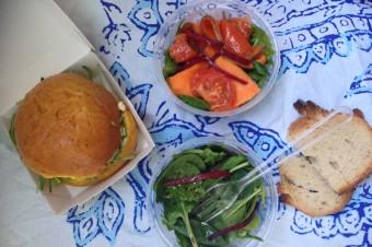 Coutume, rue de Babylone, formule déjeuner