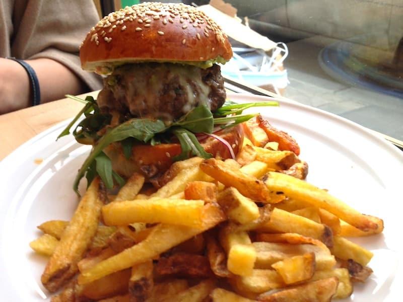 obama-burger-cantine-california