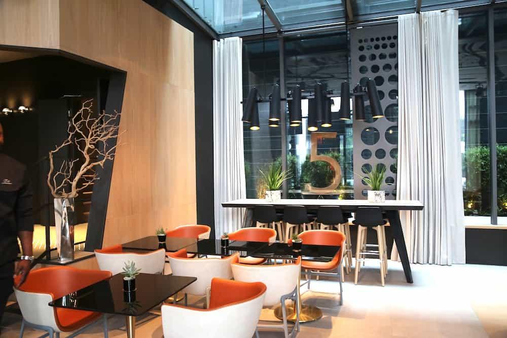 Le-Cinq-Codet-hotel-quintet-melody-patio