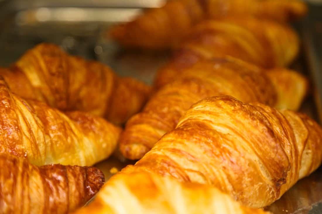 croissants-angelina-paris-salon-de-the