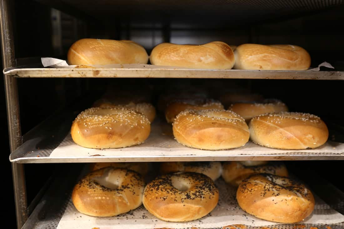 factory-and-co-bagels