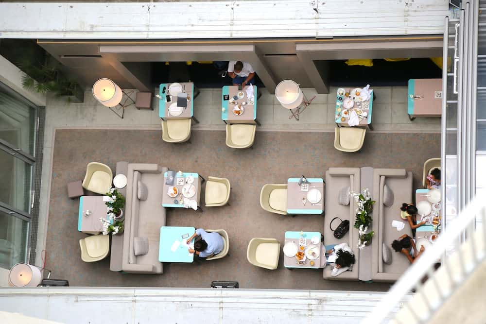 hotel-de-sers-chambre-patio-vue