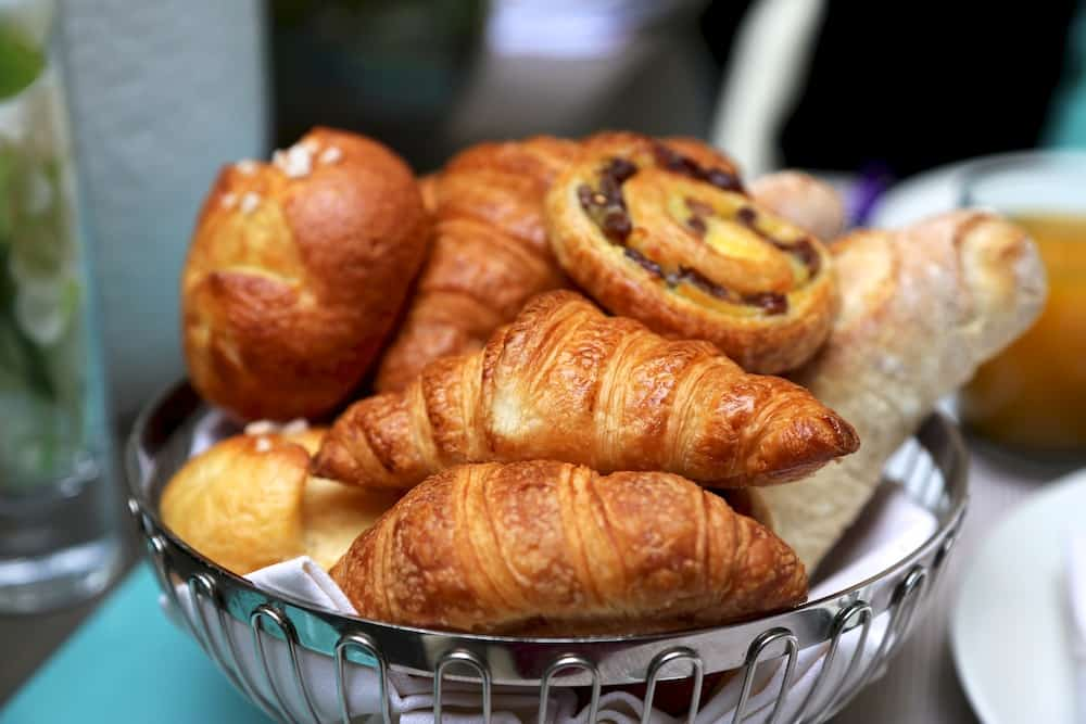 hotel-de-sers-chambre-viennoiseries