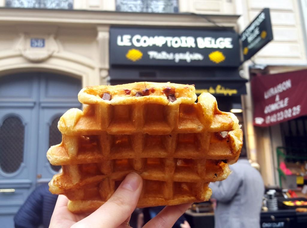 Le comptoir belge gaufres li goises rue des martyrs et for Restaurant le miroir rue des martyrs