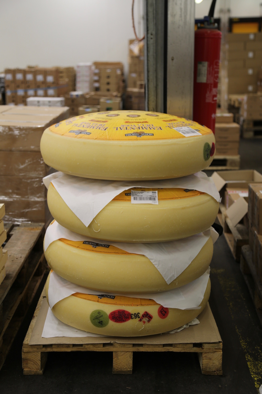 rungis-pavillon-de-fromage-visite