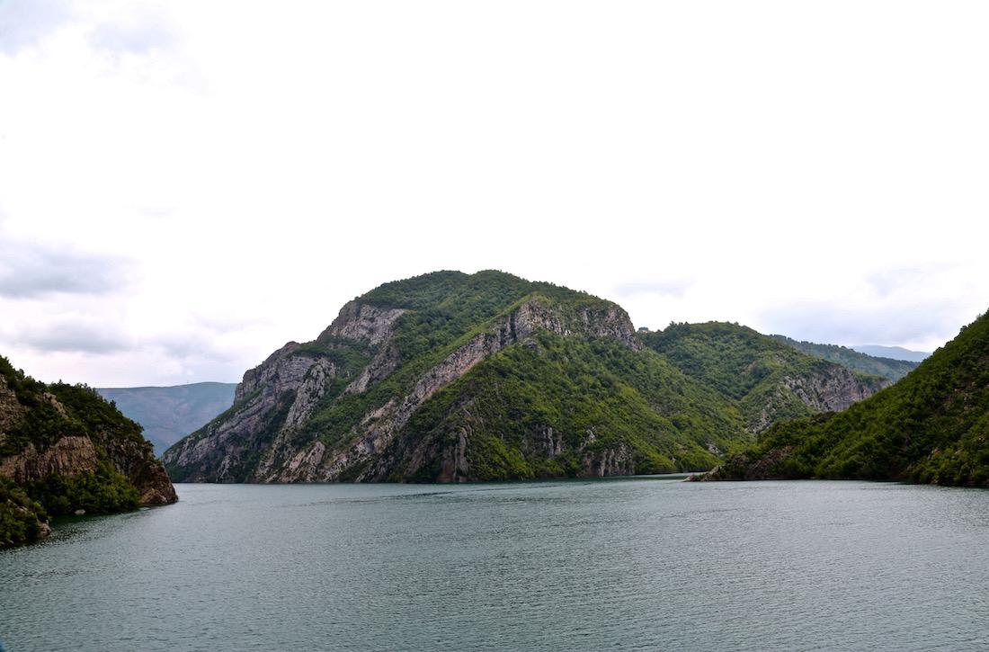 komani-lac-albania