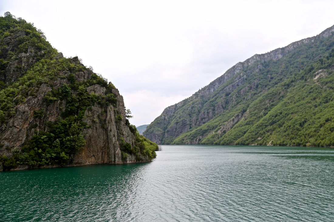 komani-lake-albania-photos