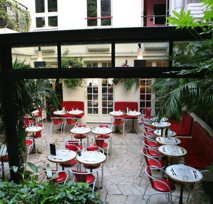 terrasse-paris-hotel-amour