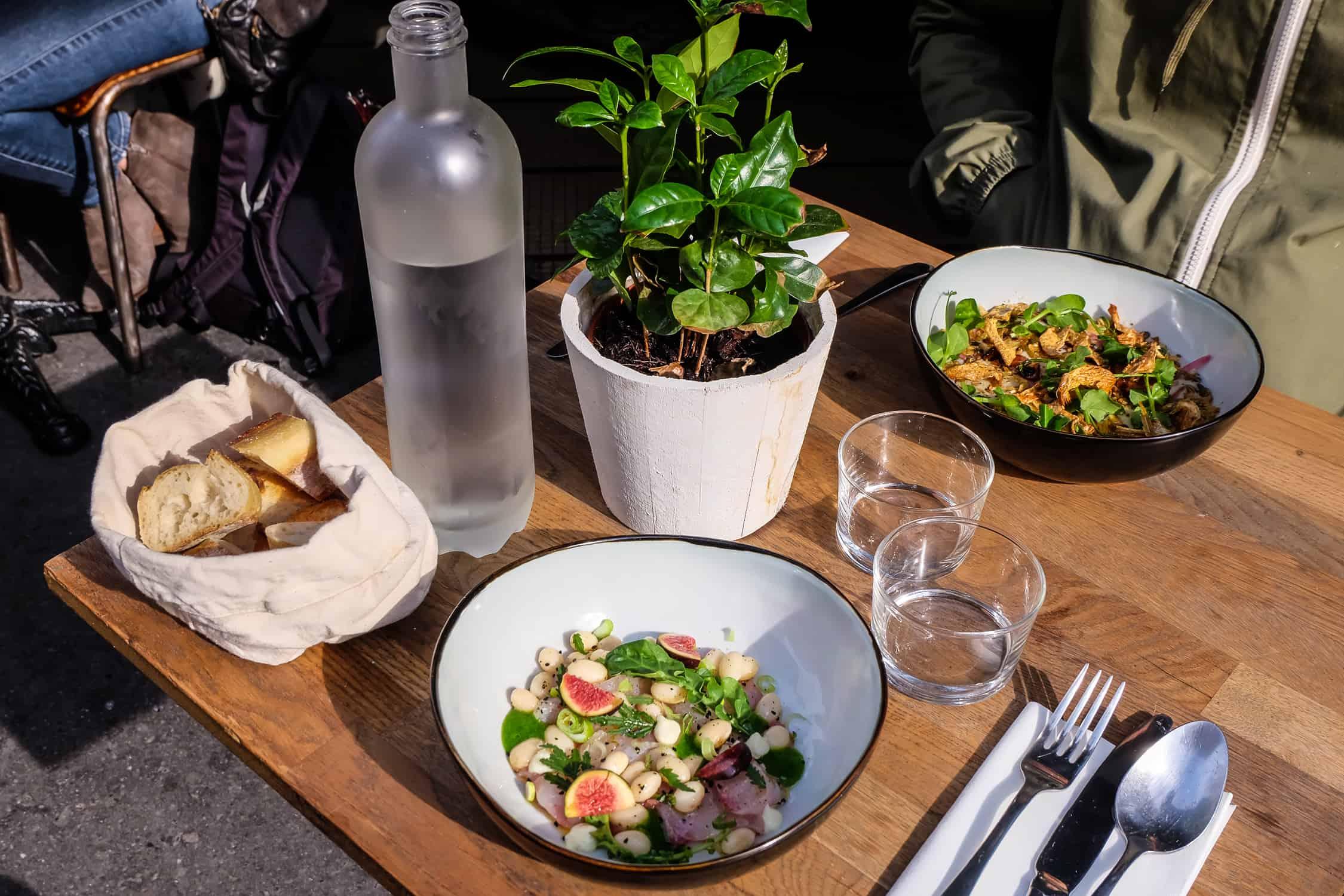La-traversee-restaurant-paris-18-rue-ramey-7
