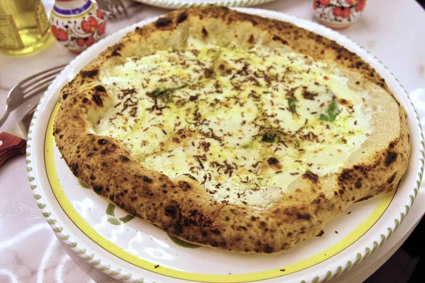 dalmata-pizzeria-rue-tiquetonne-paris-2eme