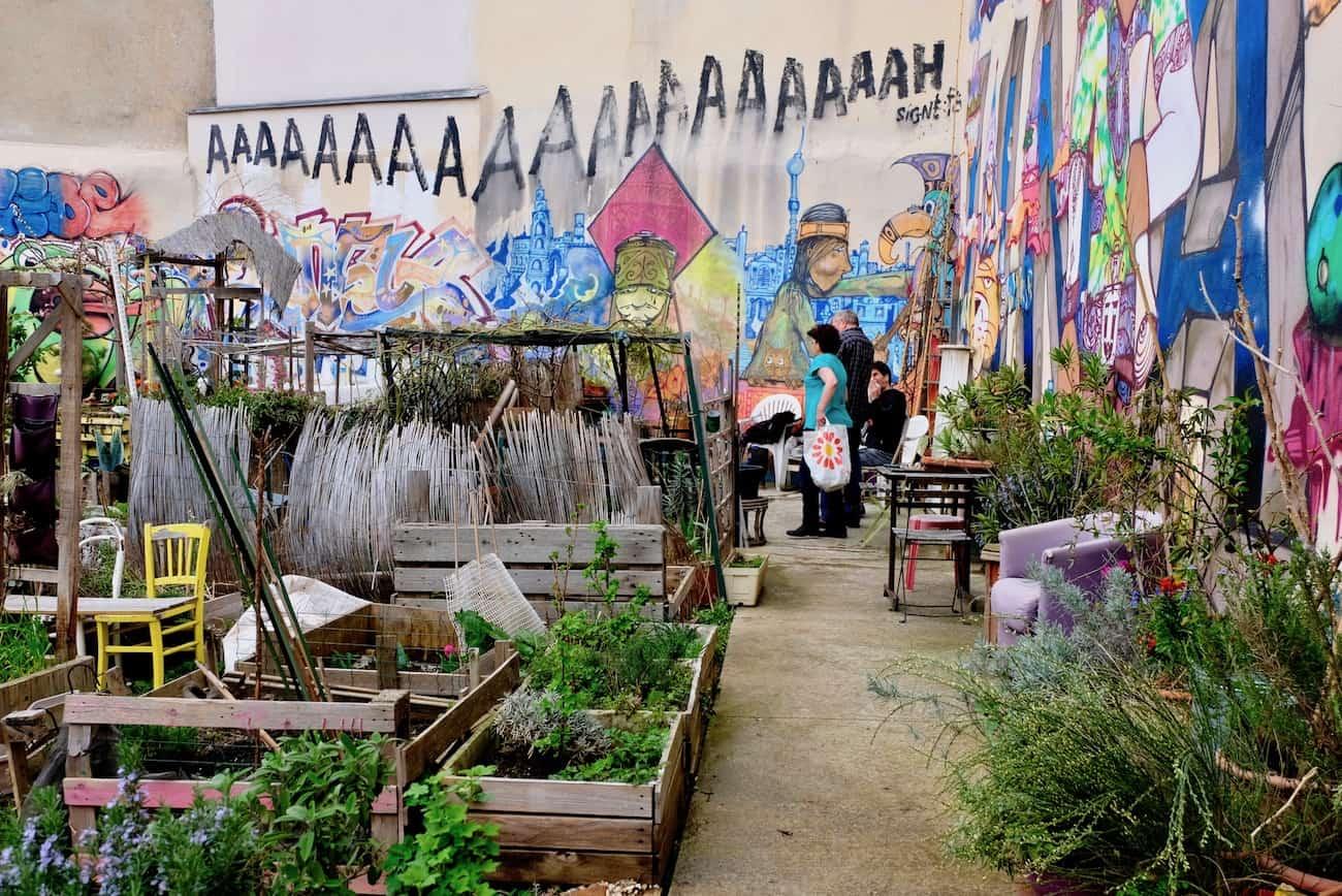 Jardin-de-la-cite-Aubry-paris20e