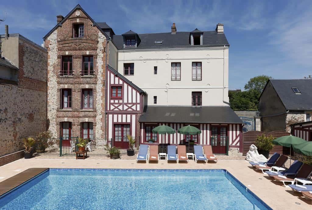 hotel-honfleur-piscine-l-ecrin