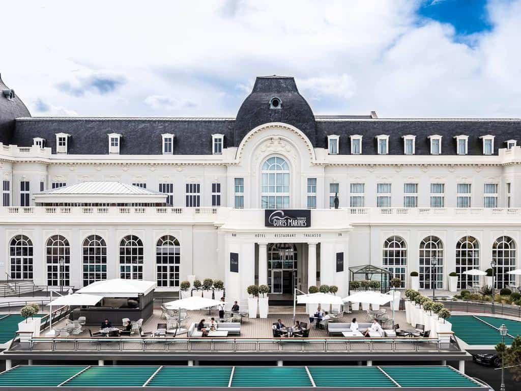 hotel-trouville-2h-paris-piscine