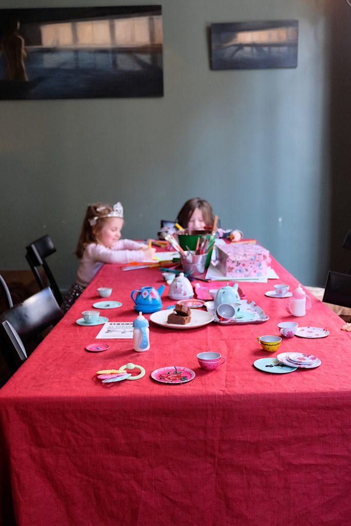 restaurant-bistrot-paris-vins-des-pyrenees-kids-friendly