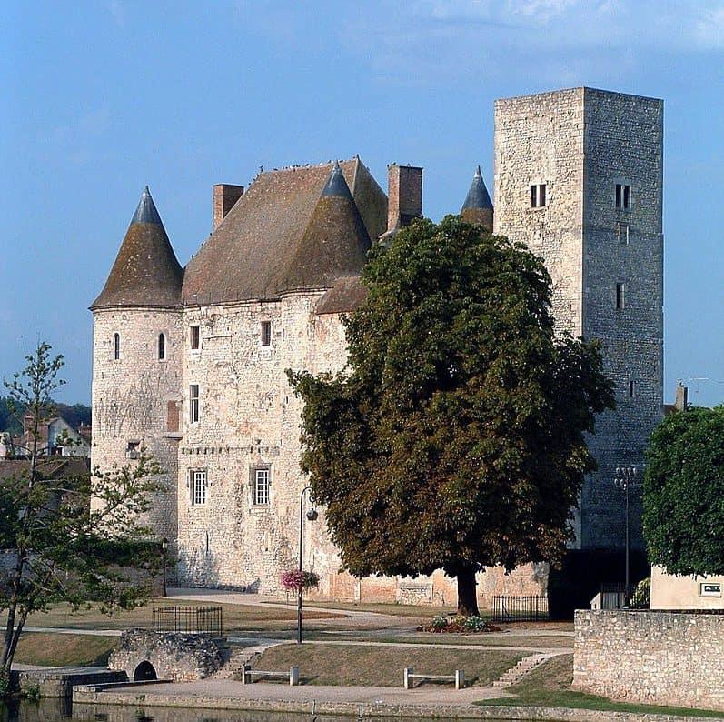 chateau-de-nemours-autour-de-paris-visites