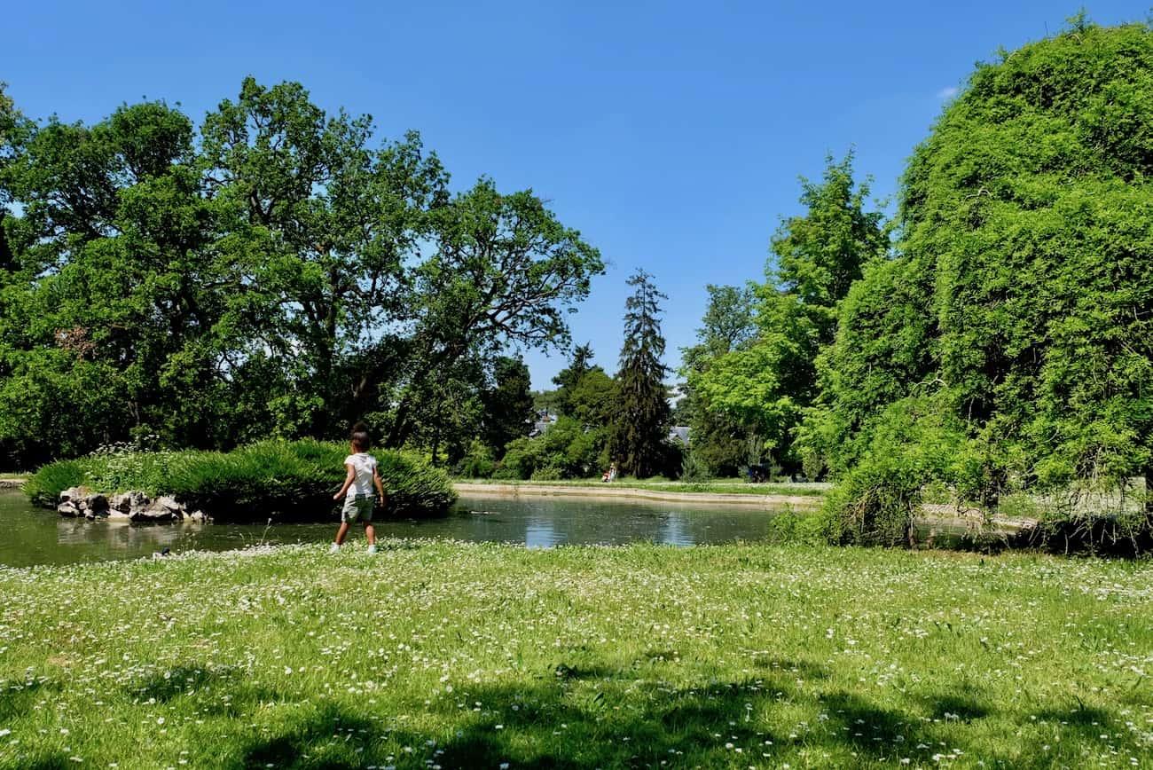 jardin-bagatelle-paris-16-bois-de-boulogne-beau-jardin-parc