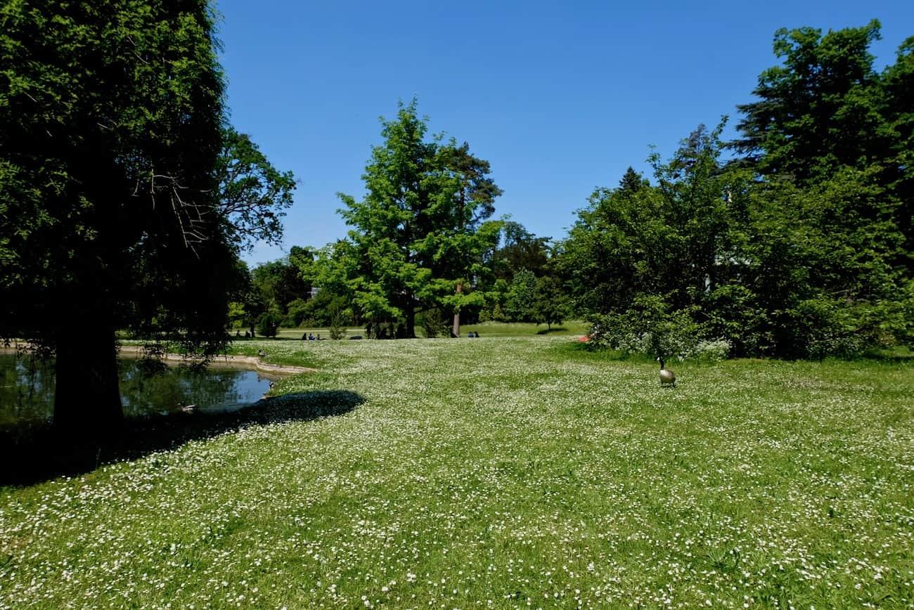 jardin-bagatelle-paris-16eme-bois-de-boulogne-beau-jardin-parc