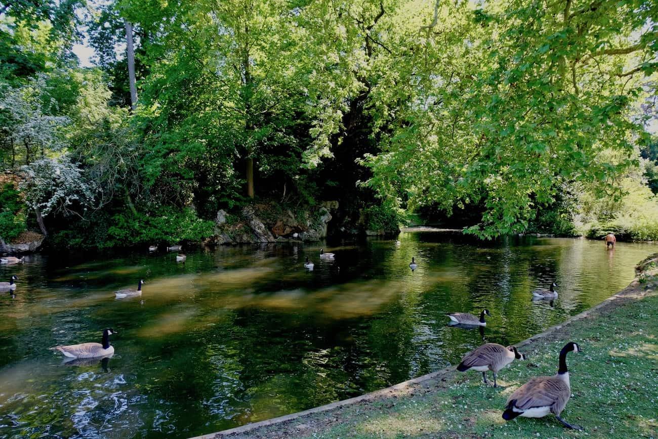 jardin-de-bagatelle-paris-16e-bois-de-boulogne-beau-jardin-parc-neuilly