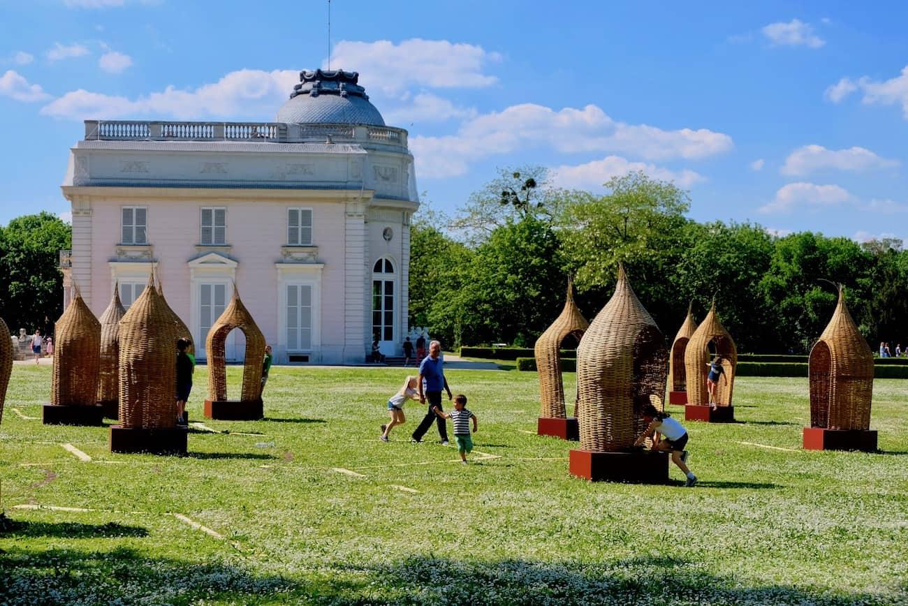 jardin-de-bagatelle-paris-16em-bois-de-boulogne-beau-jardin-parc-neuilly