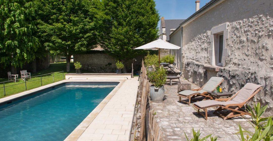 Hôtels avec piscine à moins de deux heures de Paris et moins de 100€