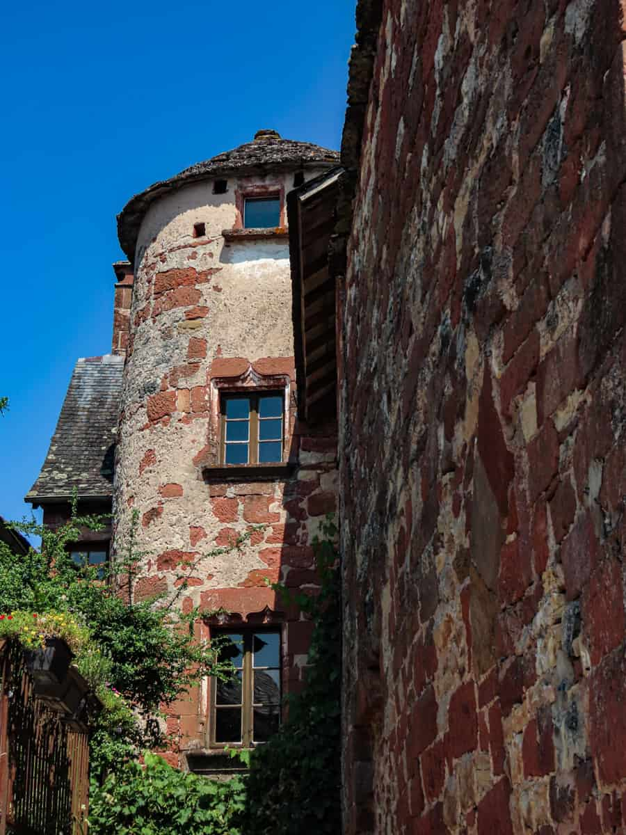 collonges-la-rouge-correze-plus-beau-village-de-france-14