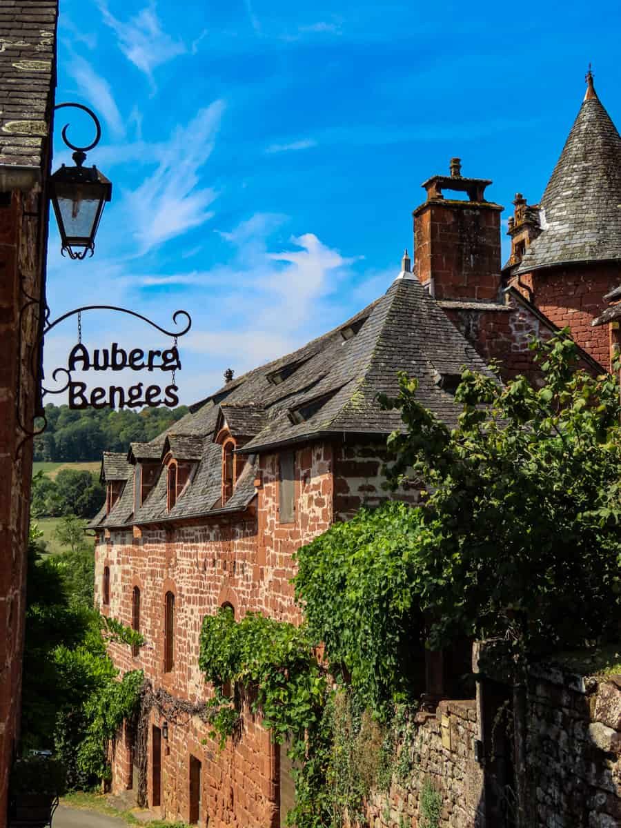 collonges-la-rouge-correze-plus-beau-village-de-france-15