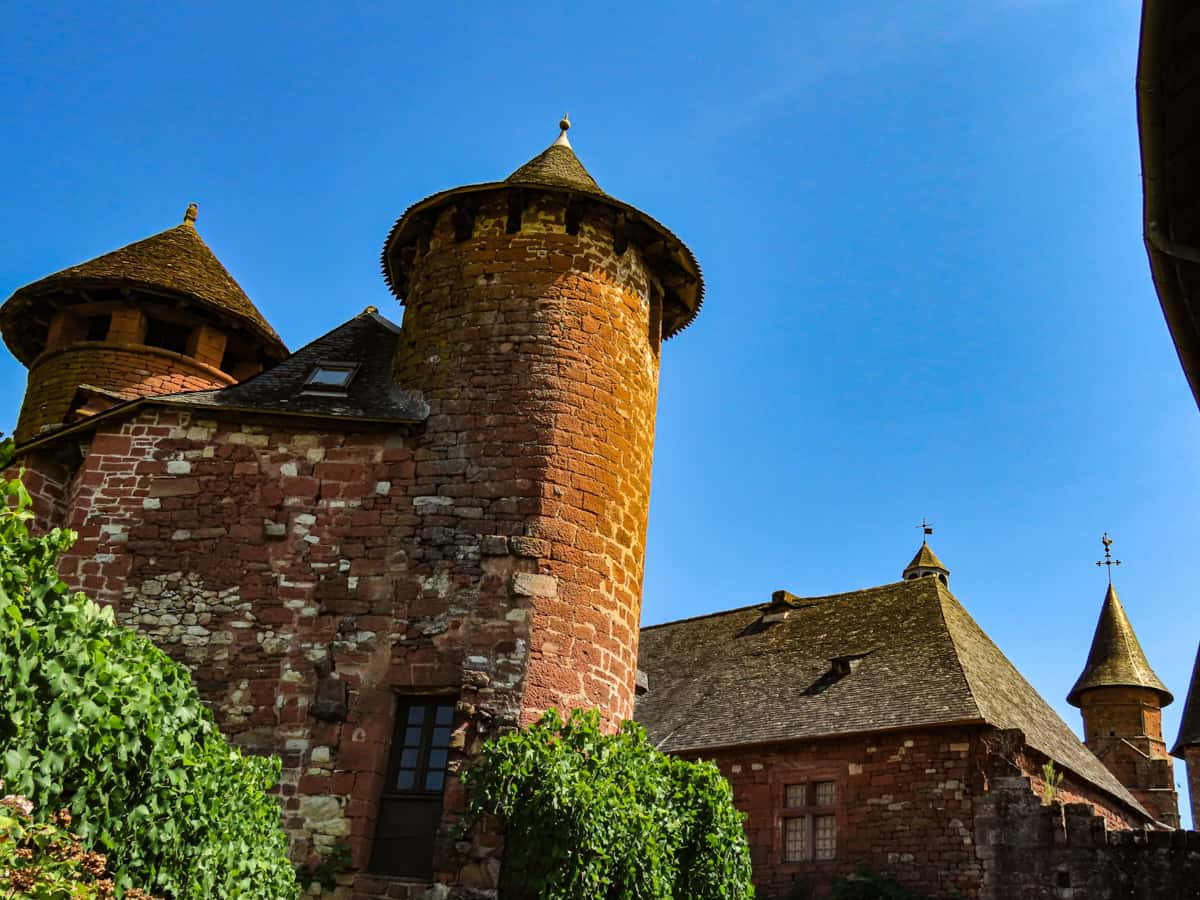 collonges-la-rouge-correze-plus-beau-village-de-france-16