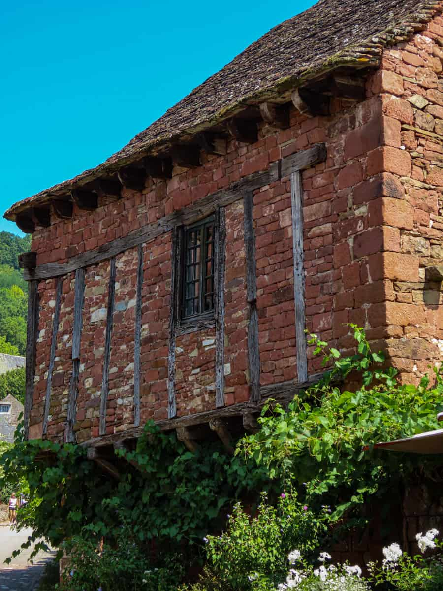collonges-la-rouge-correze-plus-beau-village-de-france-20