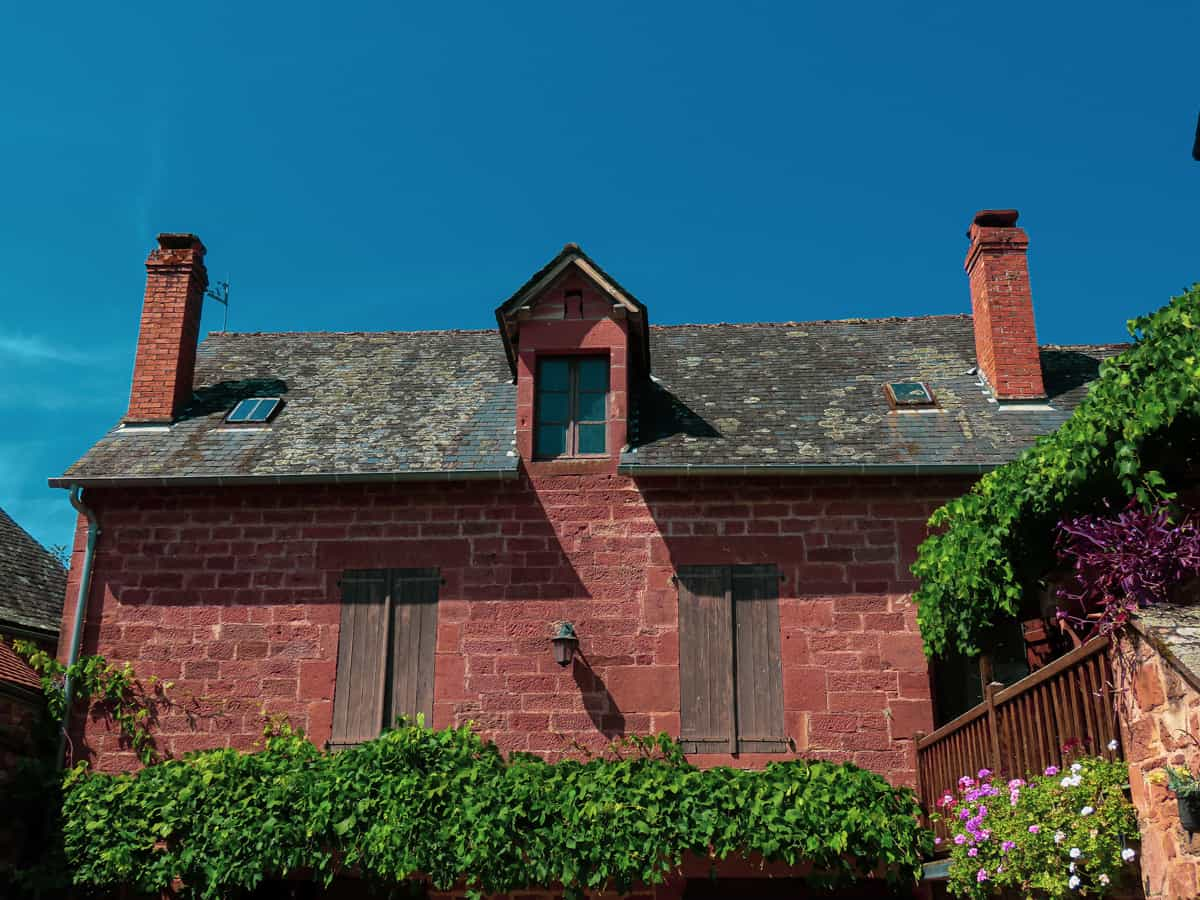 collonges-la-rouge-correze-plus-beau-village-de-france-4