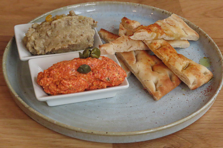 Evi Evane, restaurant grec à la cuisine familiale et raffinée – Paris 6