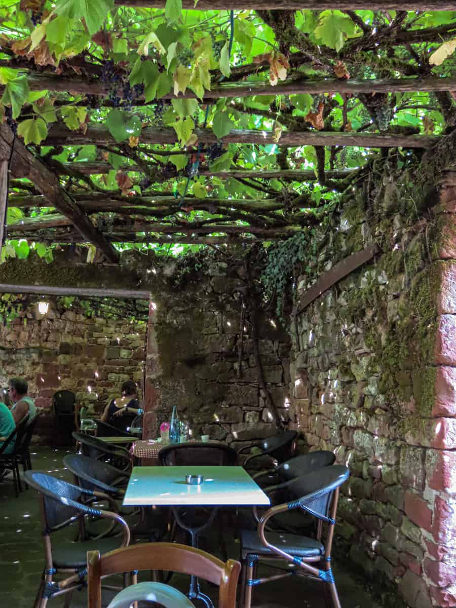 le-cantou-restaurant-collonges-la-rouge-correze-plus-beau-village-de-france-6