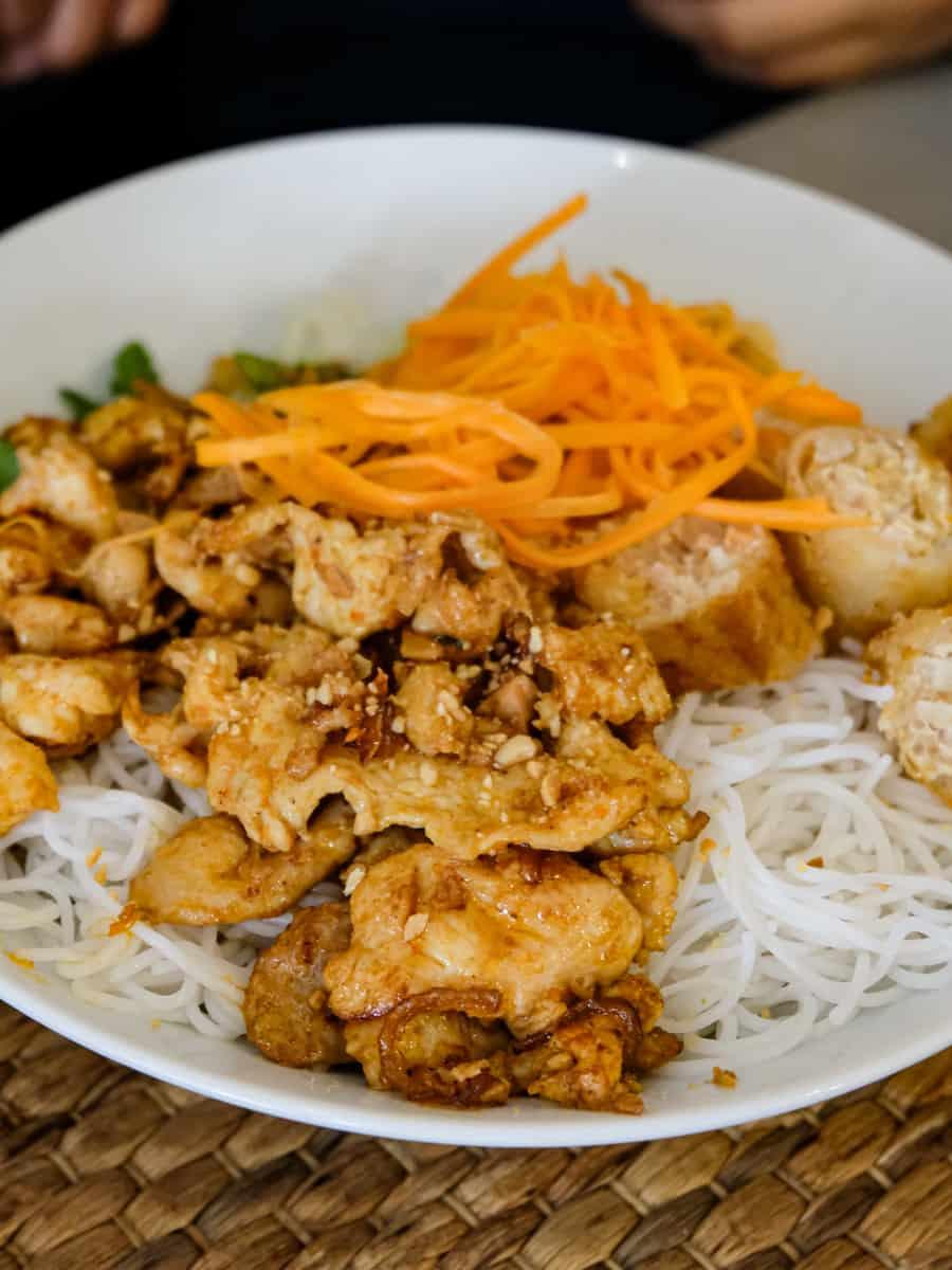 thuy-long-restaurant-vietnamien-montparnasse-rue-vaugirard-12