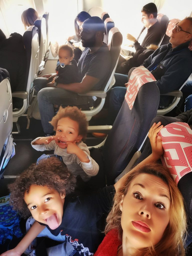 avion-avec-des-enfants-activites-jouet-jeu