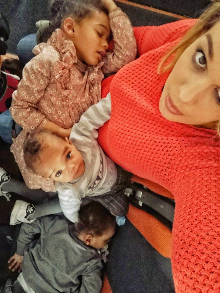 avion-avec-des-enfants-jeux