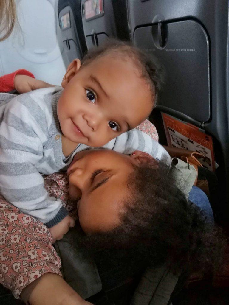 avion-avec-des-enfants-vol