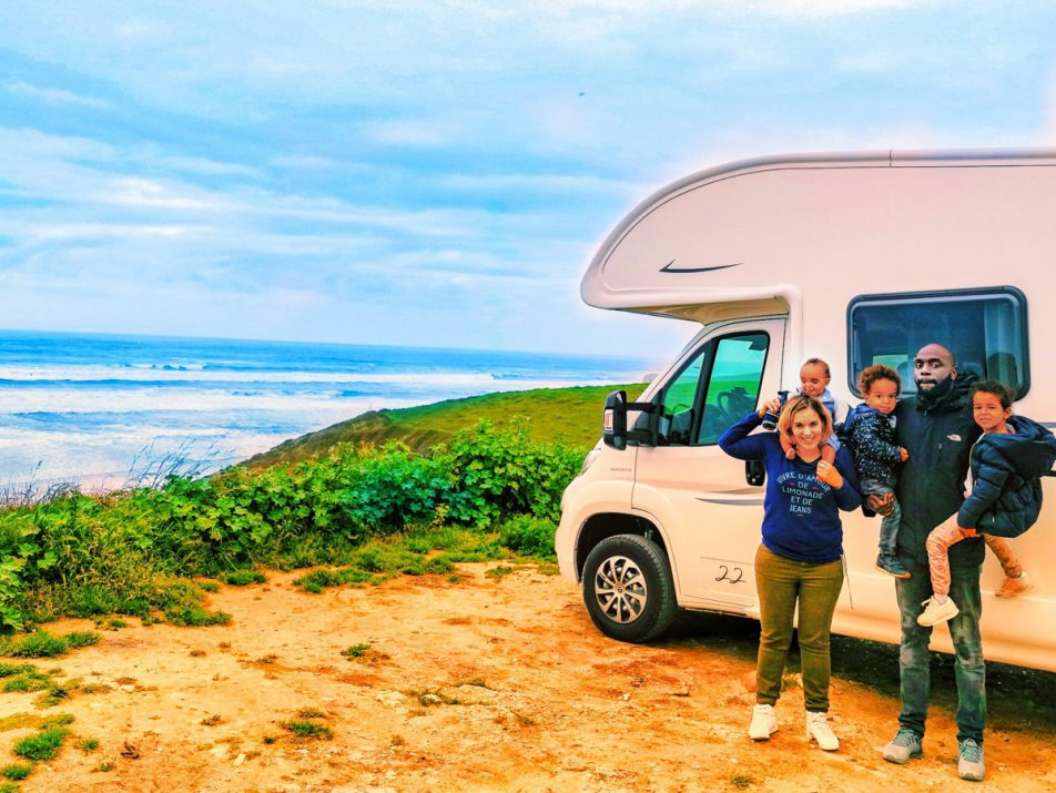 camping-car-enfants-famille-vacances-voyage-9
