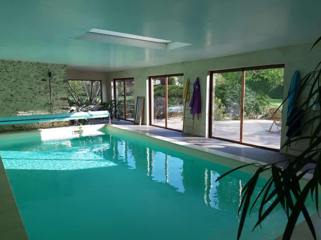 chambre-hotes-famille-1h-paris-piscine