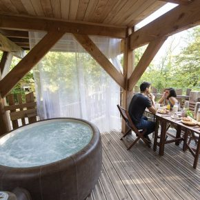 hotel-cabane-arbres-moins-100km-paris