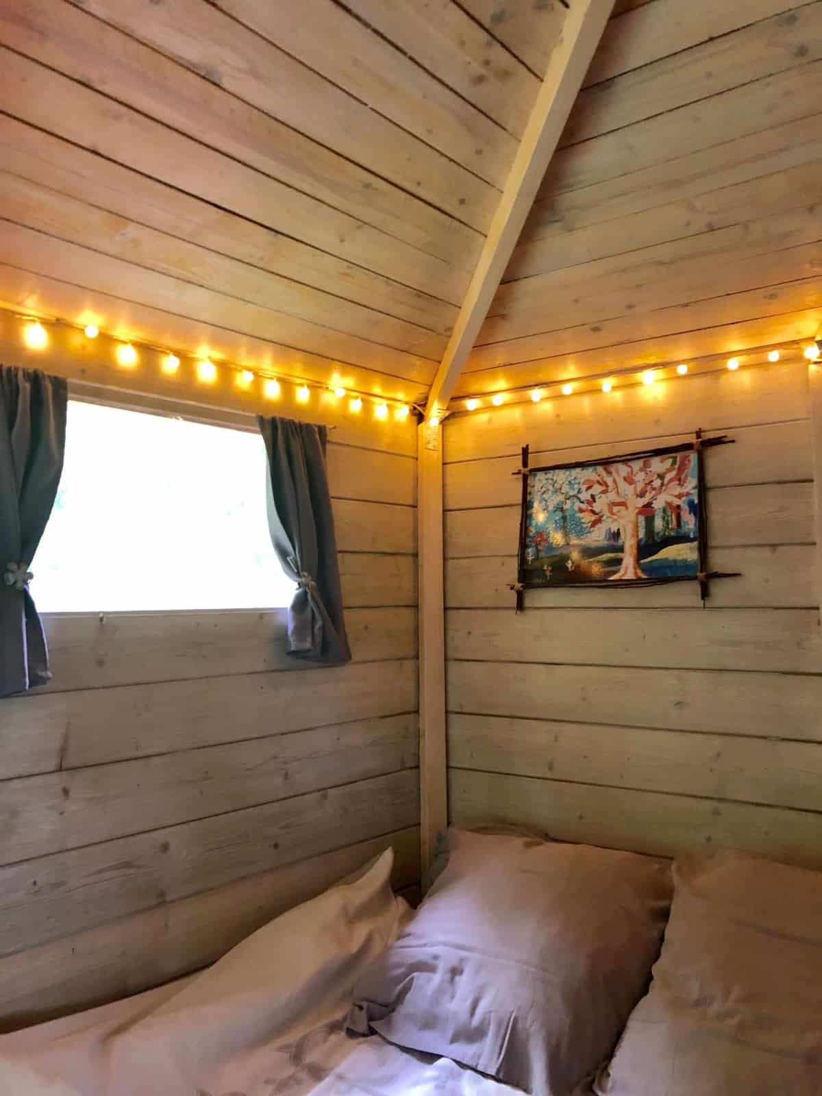 cabane-une-heure-paris-cabane-charme-lit