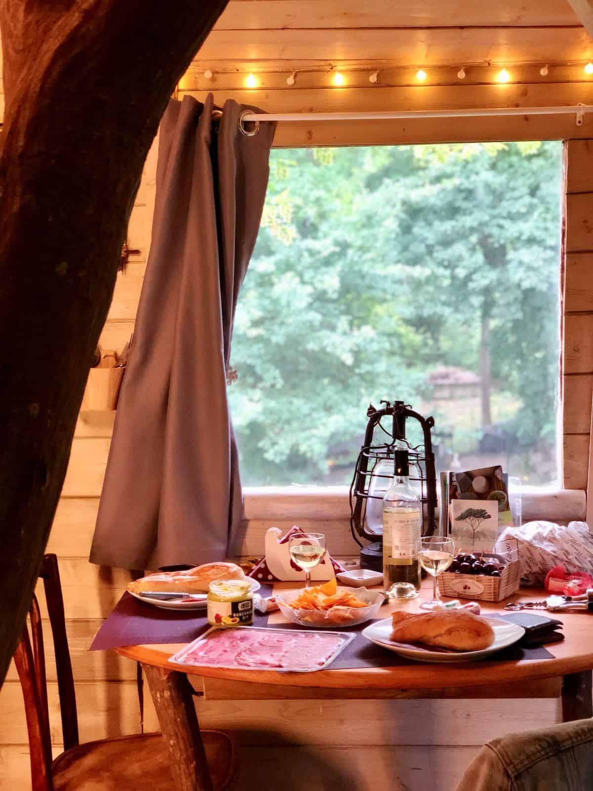 cabane-une-heure-paris-cabane-du-charme-diner