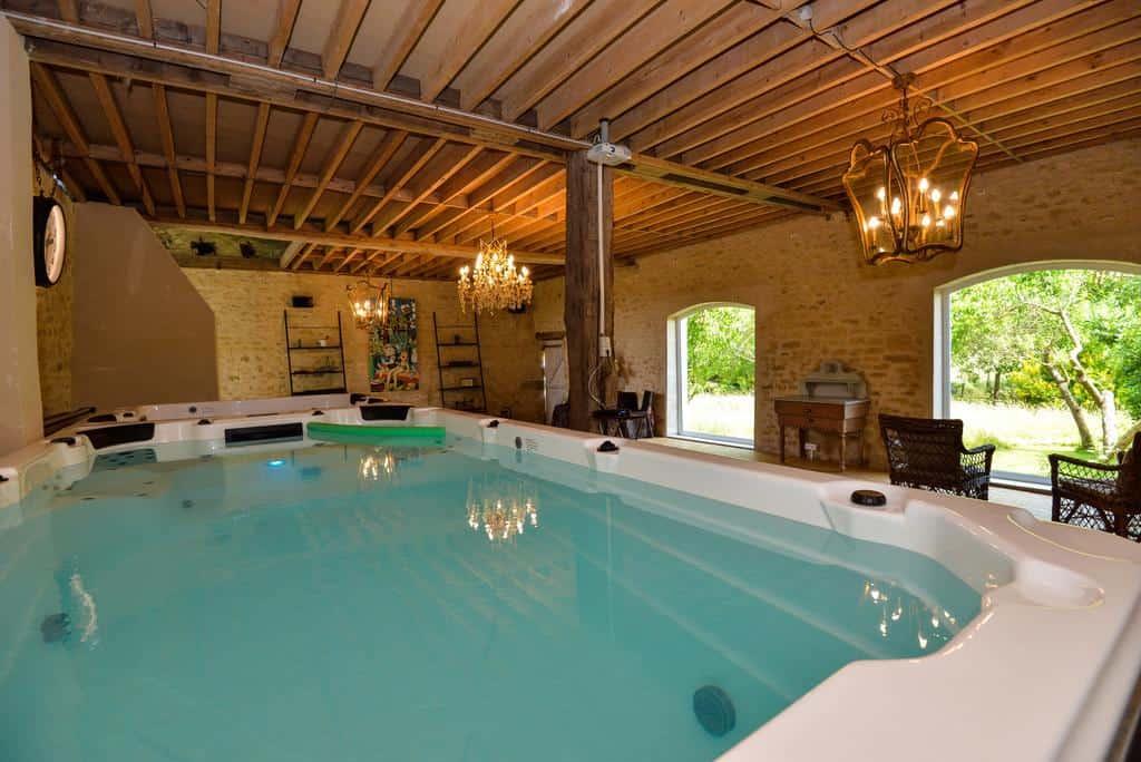 chambre-hotes-piscine-couverte-1h-heure-paris
